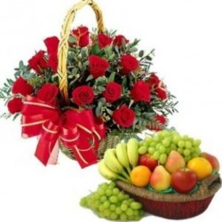 Red roses & mix fruits