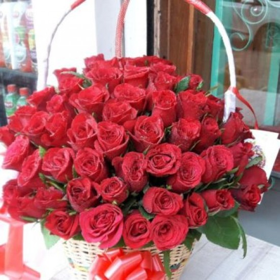 Round Handle Basket of Red Roses