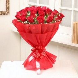 Bold Roses Bouquet
